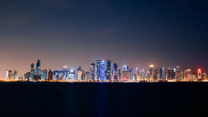 Katar'ın son 50 yılda geçirdiği büyüleyici dönüşüm eski ve yeni fotoğraflarla gözler önüne seriliyor