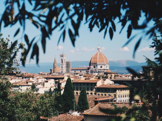 Daha iyi bir gelecek için Bolonya'dan Floransa'ya 5 günde yürüdü